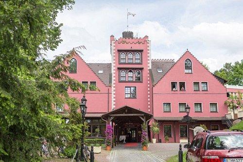 - Hochzeit-Lakeside-Burghotel