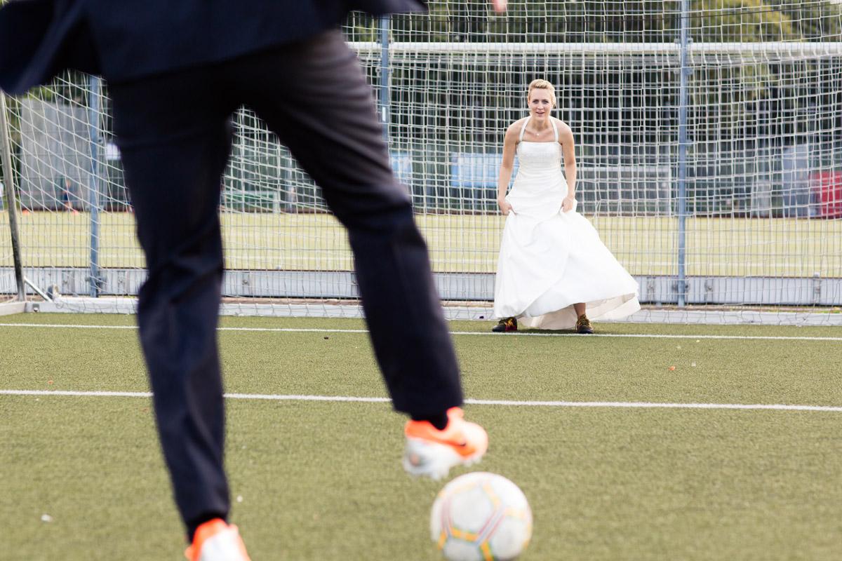 Vicky und Sven – Hochzeit FC Viktoria 1889