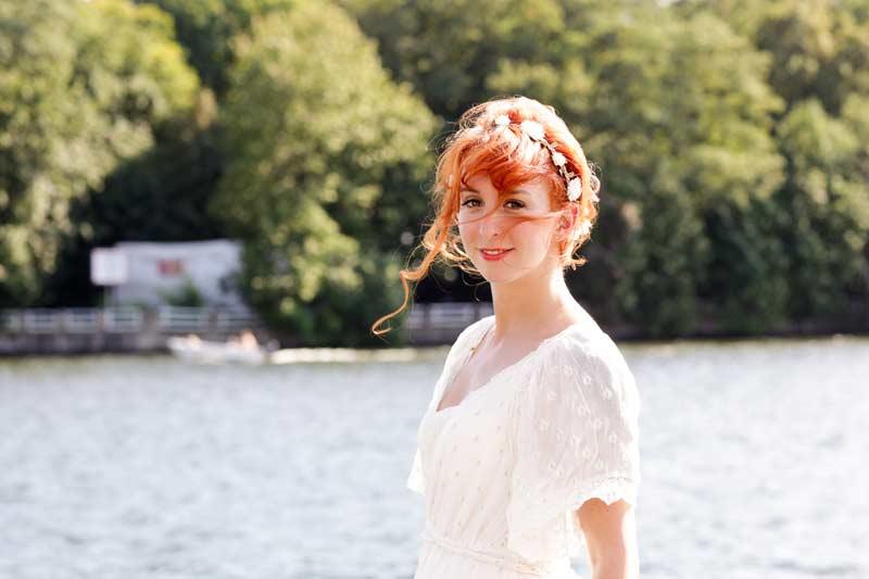 Hochzeitsfotos_Weisse_Villa_Mueggelsee-(10-von-13)