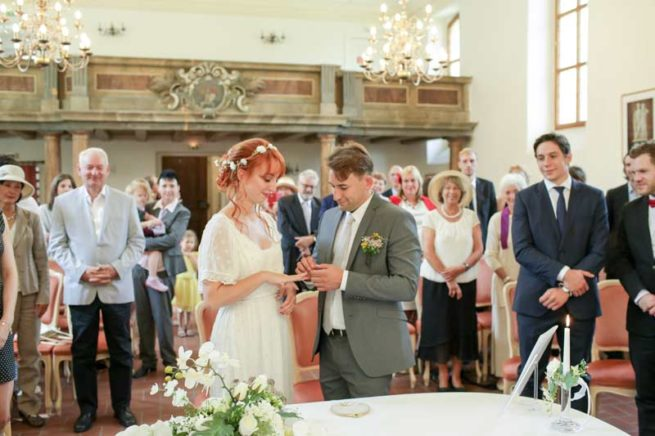 Hochzeitsfotos_Weisse_Villa_Mueggelsee-(4-von-13)