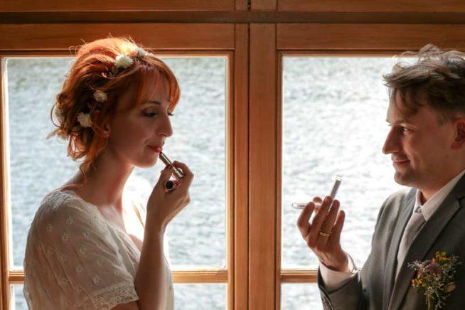 Hochzeitsfotos_Weisse_Villa_Mueggelsee-(6-von-13)
