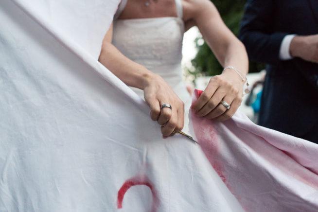 hochzeitsratgeber, allgemein - Hochzeitsherz ausschneiden