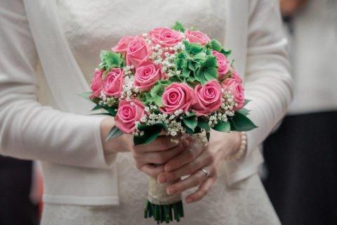 Brautstrauß Rosa Rosen – Kristina und Leonard