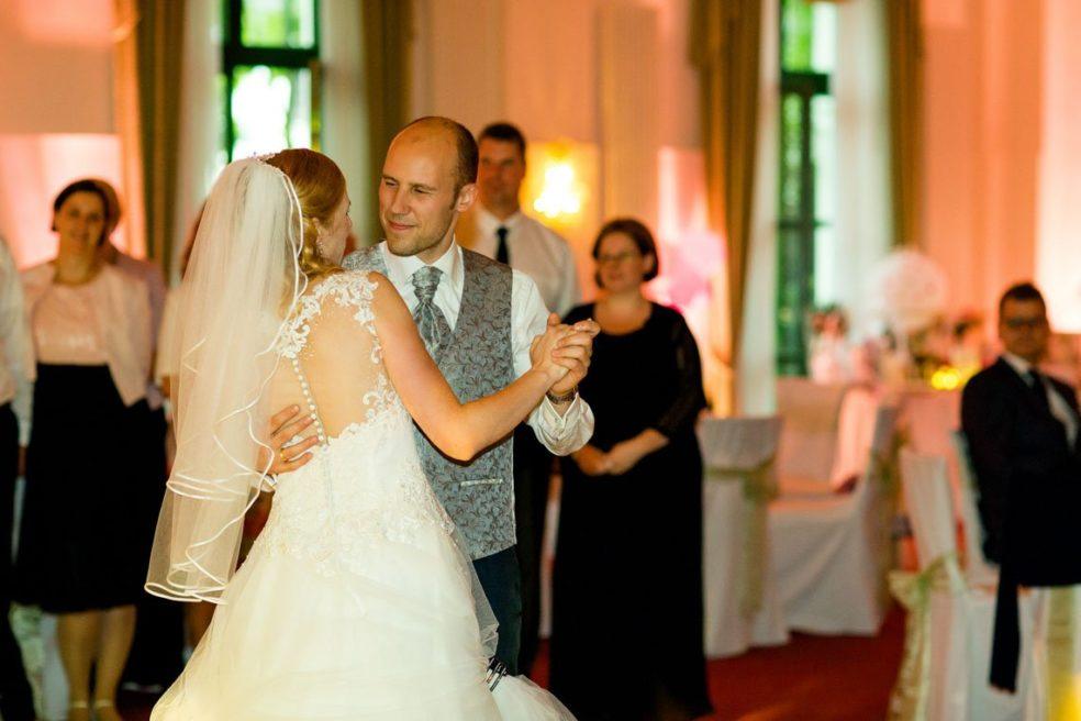 Hochzeit_Landgasthof_zum_Muehlenteich_Susi_Sven-477
