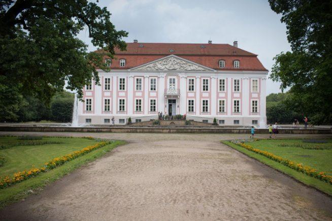 Hochzeit_Schloss_Friedrichsfelde-(6-von-1)-2