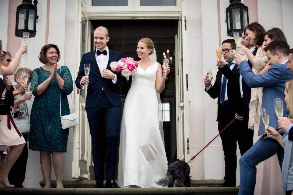 schloss-friedrichsfelde, berlin, hochzeitsreportagen - Fine und Olly – Hochzeit Schloss Friedrichsfelde