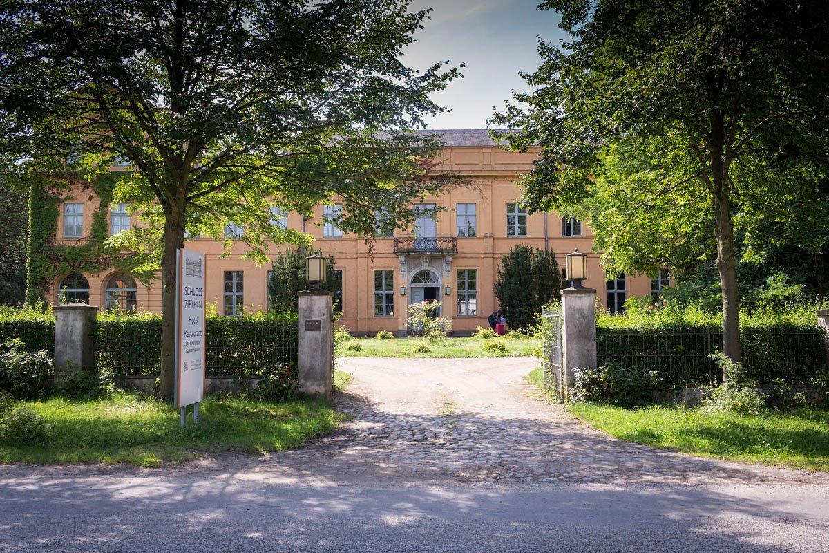 - Hochzeit_Schloss_Ziethen-(1-von-18)