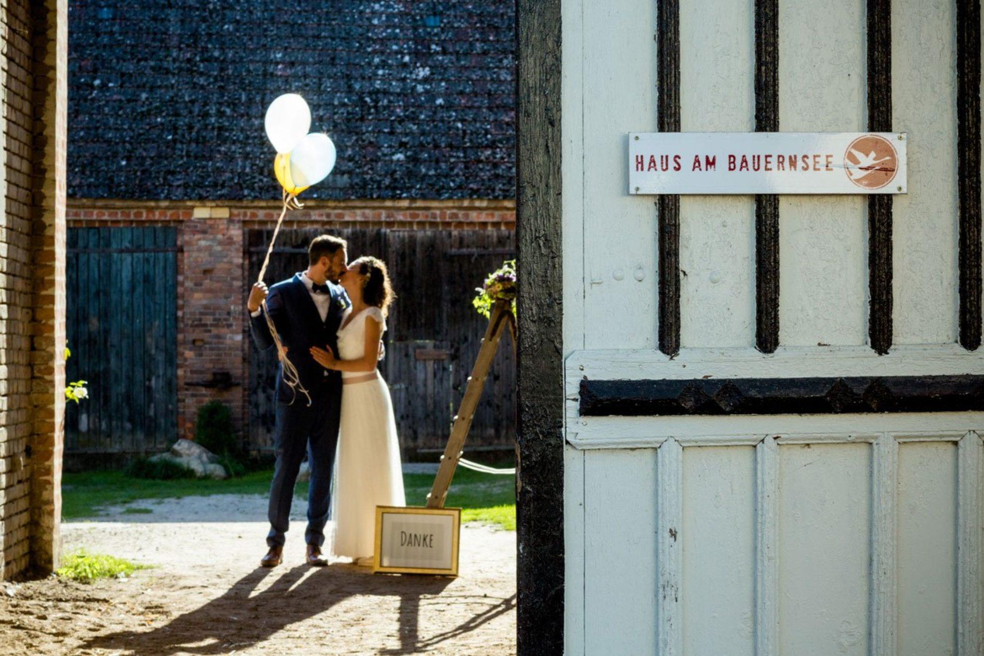 Lina und Maik – Hochzeit Haus am Bauernsee
