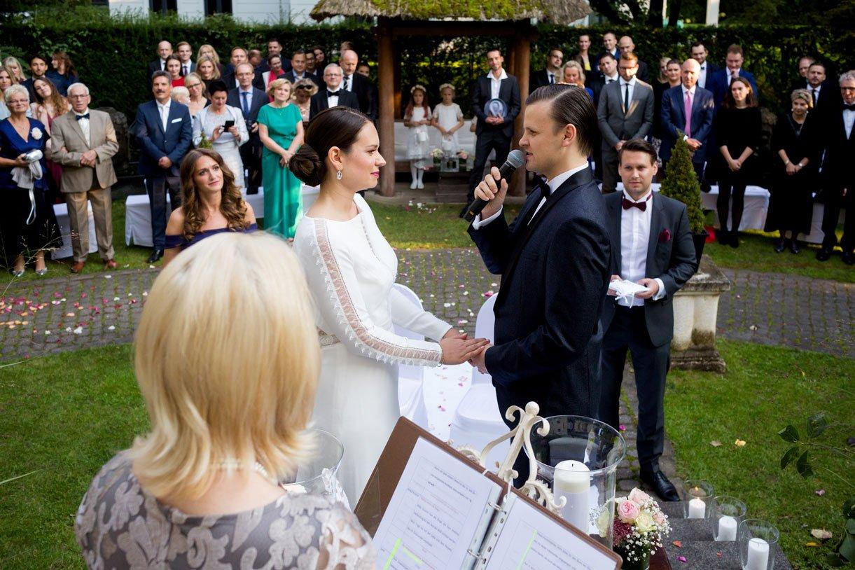 Hochzeitsfeier_Loewenpalais_Maria_Jan-268-Bearbeitet