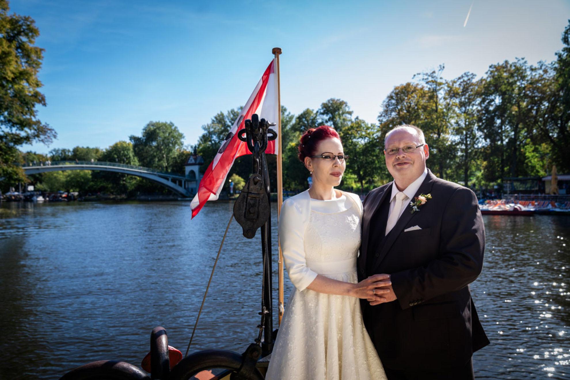 Skadi und Sven – Hochzeit Lighthouse White Spreelounge