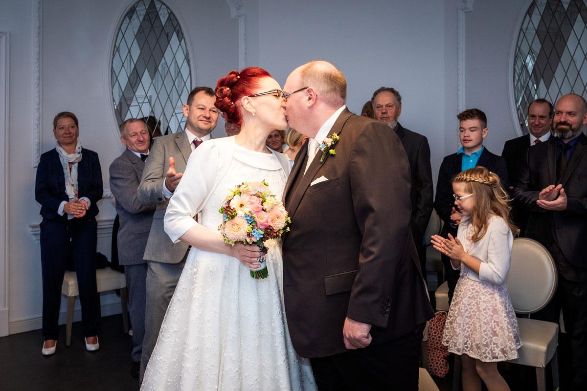 - Hochzeitsfotos-Lighthouse-White-Spreelounge-(6-von-24)